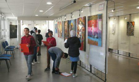 "Visite de l'exposition ""Arbustes"" jeunes talents"